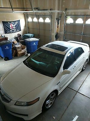 2005 Acura TL  2005 Acura TL 6 speed manual transmission Pearl white