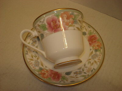 Royal Doulton Fine Bone China Tea Set Cup and Saucer,White with Floral Design