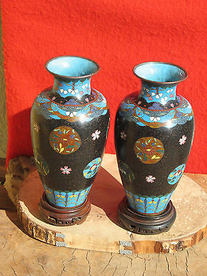 A1676 Pair of Vintage or Antique Japanese or Chinese Cloisonne Vases w Stands