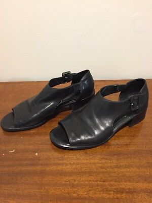 Vintage Black Leather Shoes. Small Heel. Made In Brazil