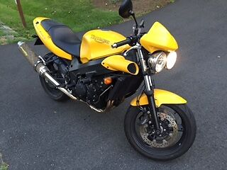 2004 Triumph Speed Four  2004 Triumph Speed Four, excellent confition