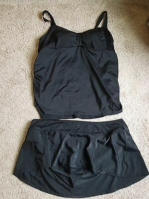 Maternity swimsuit size 3xl from Motherhood gently used!!