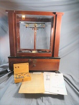 Antique Vintage Lacquered Mahogany VOLAND No.800 Pharmaceutical Pharmacy Scale