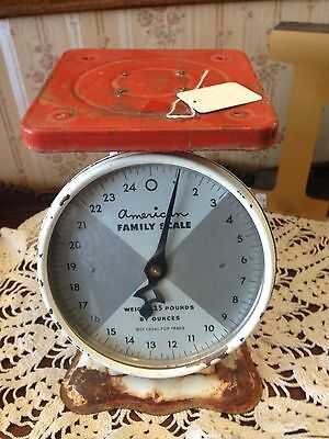 Antique/RETRO/Vintage American Family Scale  RED AND WHITE