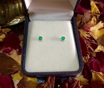 Brilliant natural Brazilian Emerald 3mm sterling silver claw stud earrings ❇️