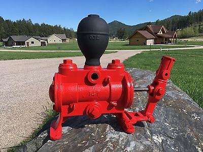 * Rare Antique Hawkeye 147 Cast Iron Water Ram Pump *