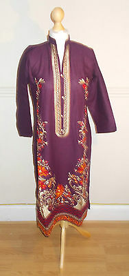 Ladies/Women/Girl's Pakistani/Indian Embroided Kurta /Kurti /Kameez Purple Color