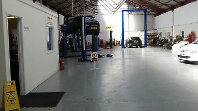 garage business for sale Swindon Wiltshire