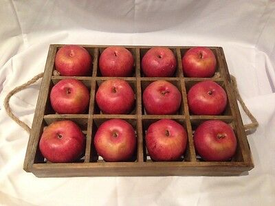 wooden tray with display apples