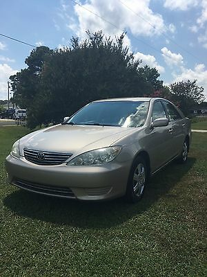 2005 Toyota Camry LE 2005 toyota camry