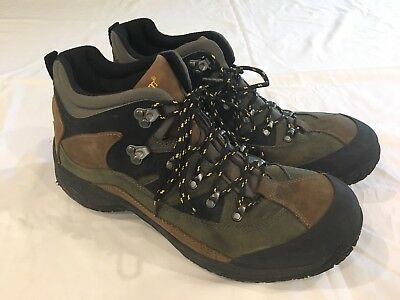 EUC Dunham By New Balance Men's  Brown Leather Waterproof Hiking Boots 11.5 B