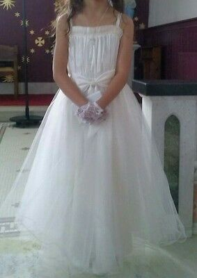 White Formal Girl's Dress for Communion, Weddings or Parties age 8 - 9