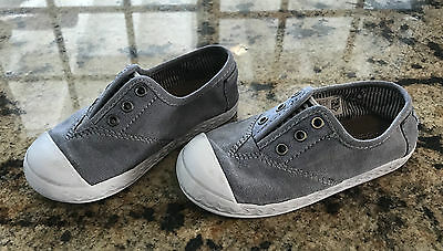 Toddler Boy Gray Blue Pull On Zuma Sneakers Size 9