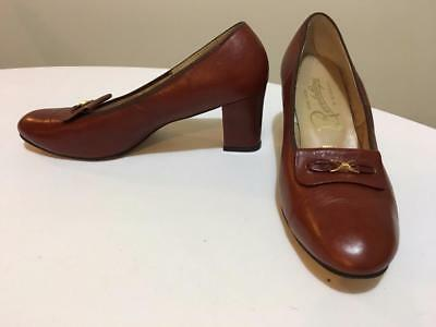 Vintage Hand Made Revelations by Bordeaux Heels Size 8C