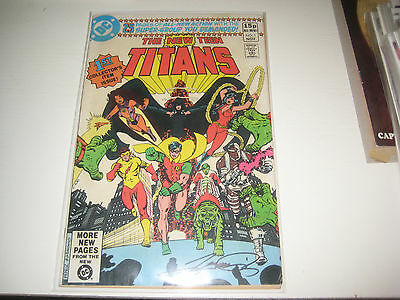 DC - The New Teen Titans - No 1 - 1984  SIGNED BY GEORGE PEREZ (BATMAN)