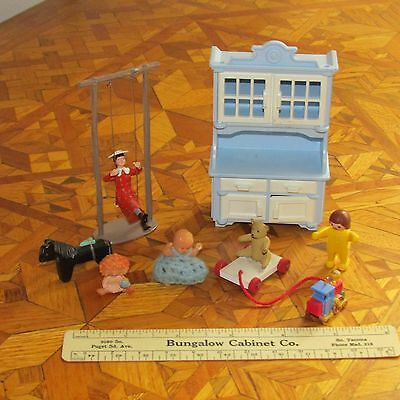 Miniature Hutch by Playmobil, Girl on Swing, six misc items