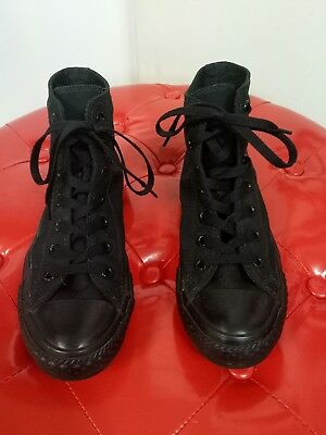 Converse all star black women's/unisex  shoes size 8