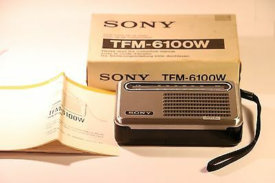 Vintage Sony Solid State Transistorise Tfm-6100W 2 Band Radio Made In Hong Kong