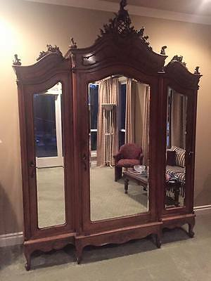 Italian Louis XV Style California King Size Bedroom Set late 1800s or early 1900