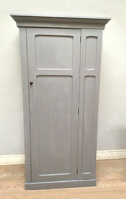 Styilsh Antique Solid Pine Painted Kitchen Cupboard