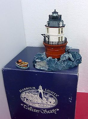 "Harbour Lights ""Baltimore"" 1999 Collectors Society, with boat! perfect, org. box"