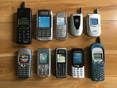 ERICSSON-NOKIA-MOTOROLA-SAMSUNG-10 (ten) Mobile Cell Phone Replica Samples