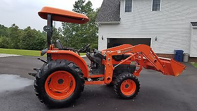 Kubota L3430 Tractor with front loader Hydrostatic...Will deliver for Free!