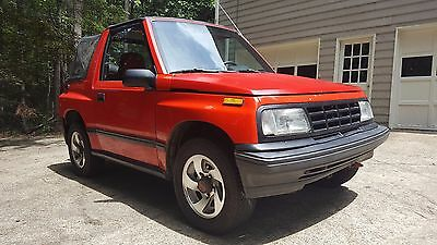 1992 Geo Other  1992 Red Geo Tracker in excellent condition