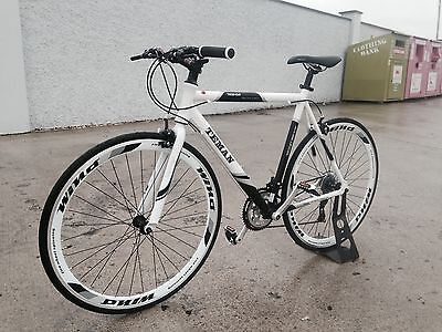 HYBRID 21 SPEED WHITE FLATBAR racing bike bicycle free delivery new in box