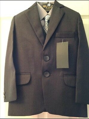 Boys 5 piece suits ( All sizes in one price ) Stock cleareance last 2