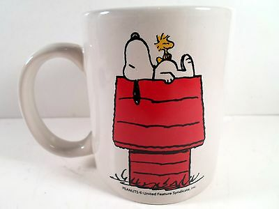 Peanuts Mug on top of dog house innovative designs collectible coffee cup