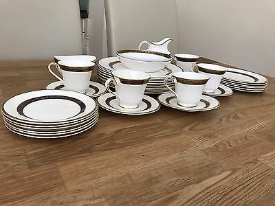 Royal Doulton Harlow Dinner Set Mixture Of Original And Seconds