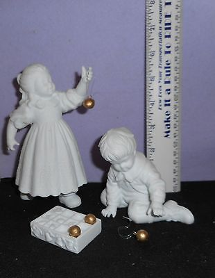 Dept. 56   Winter Silhouette [ Hanging The Ornaments ]   Porcelain   Figurine