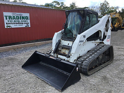 2005 Bobcat T300 Tracked Skid Steer Loader w/ Cab!