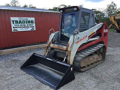 2010 Takeuchi TL240 Tracked Skdi Steer Loader w/ Cab!