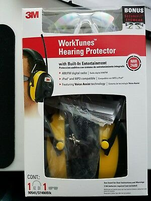3M Digital WorkTunes Hearing Protector, Ear Muffs with FM/AM Radio, MP3 C2