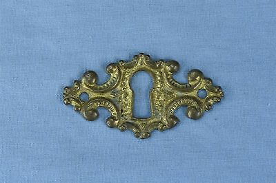 Antique FANCY VICTORIAN CAST BRASS KEY HOLE COVER ESCUTCHEON HARDWARE OLD #03735
