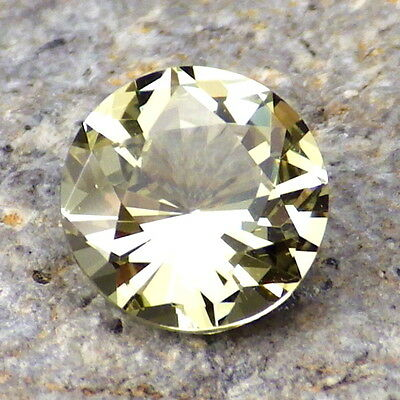 APATITE-MEXICO 1.39Ct FLAWLESS-VERY INTENSE YELLOW GREEN COLOR-FOR JEWELRY!