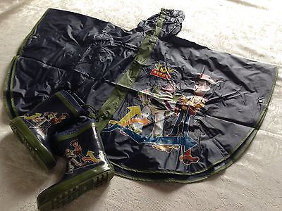 Poncho impermeabile TOYSTORY + Scarponcini TOYSTORY, COME NUOVI