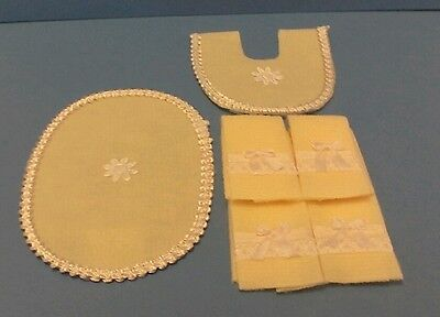 Dollhouse Miniature Handcrafted set 6 Red Silk Ribbon Bow Bath Towels /& Rugs
