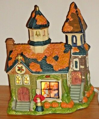 Partylite PUMPKIN PATCH TEALIGHT HOUSE w/box ceramic lighted building