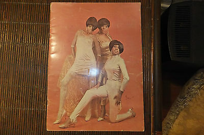DIANA ROSS & Supremes Concert Program 1967 ORIGINAL SIGNED by LAURENCE OLIVIER