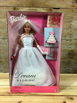 Dream Wedding Barbie with cake and champagne Matel 2000 NEW NRFB