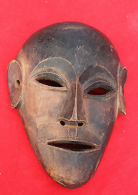 1850's ANTIQUE VERY RARE  BEAUTIFUL HAND MADE WOODEN TRIBAL MASK