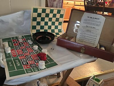 Vintage Gambling Roulette  Checkers Dice New Frontier cardsTravel case Set
