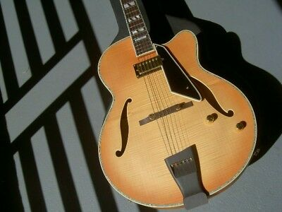 Peerless Jazz City guitar, satin finish, solid tiger stripe flame maple /gig bag