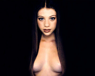 Michelle Trachtenberg Sexy Hot Cleavage 8X10