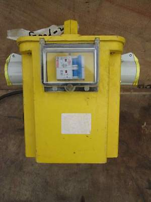 TRANSFORMER - 3.3 kVA  230  to  110 VOLT -  TRIP SWTICHES  2 x 16 amp OUTLETS