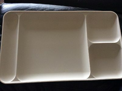 VINTAGE RETRO TUPPERWARE TV / camping craft devided tray never used beige 4 part