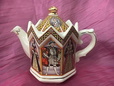 Sadler Teapot King Henry VIII and His 6 Wives